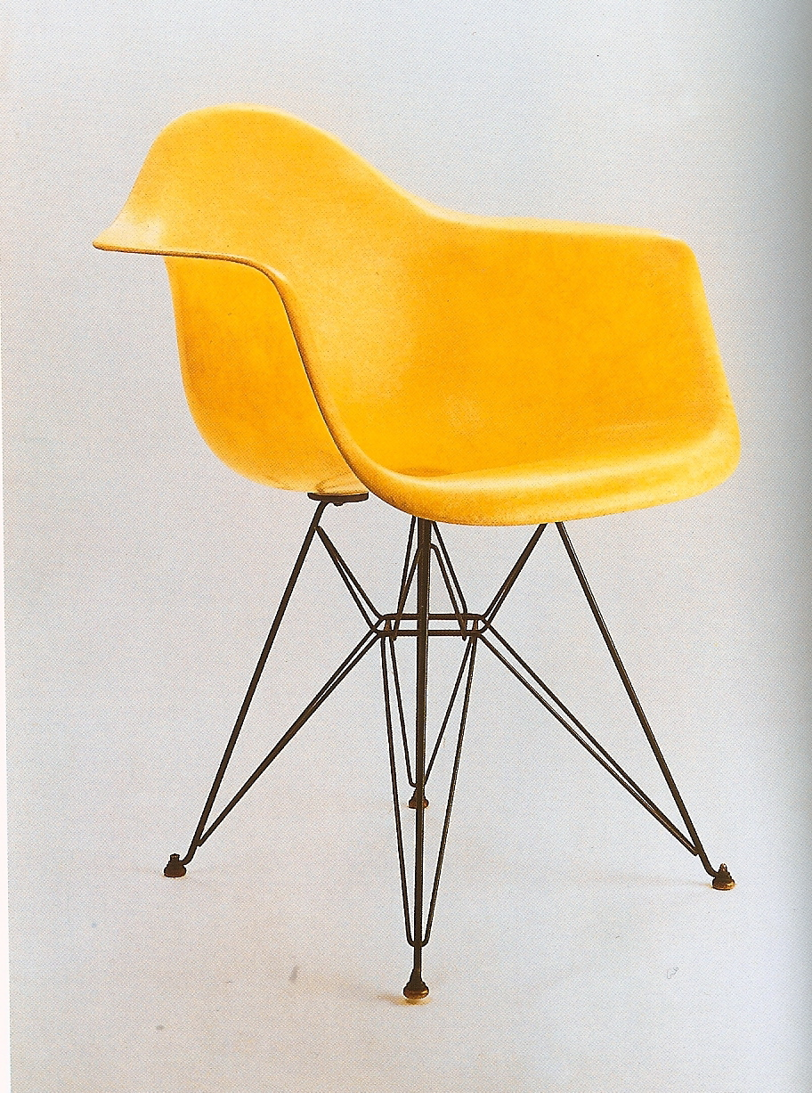 Eames Eiffel Tower Chair